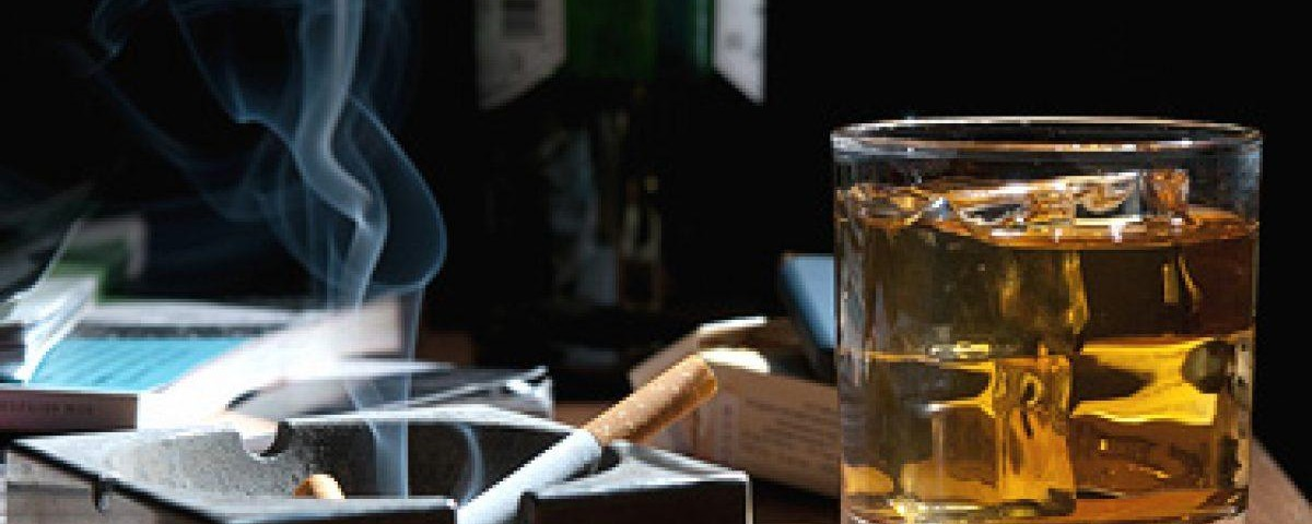 Tratamento para dependência de álcool e tabaco.